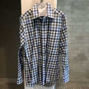 Vineyard Vines size medium - slim fit Tucker shirt